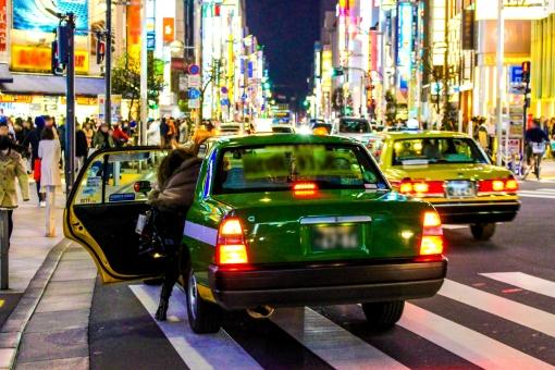 副業でタクシー運転手をするとどれくらい稼げる?