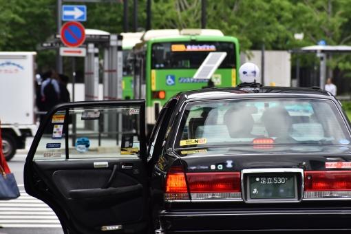 タクシー会社で働く際の注意点って?